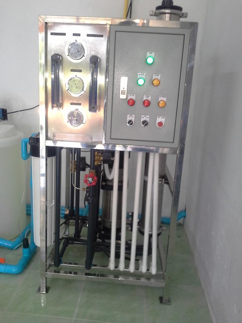 ผลการค้นหารูปภาพสำหรับ รูปติดตั้งโรงงานผลิตน้ำขาย12000 ลิตร/วัน