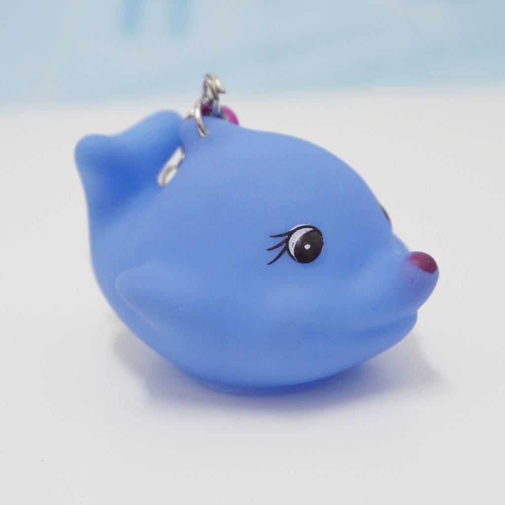 พวงกุญแจยาง ปลาวาฬสีฟ้า(บีบมีเสียง) 12อัน