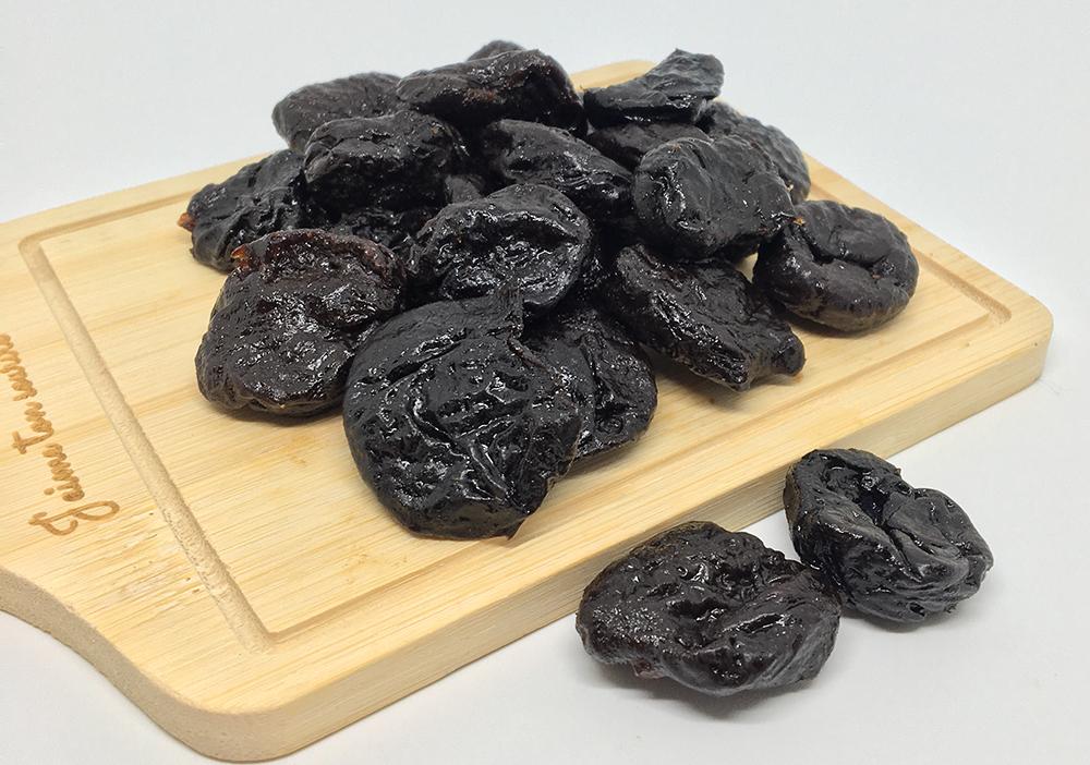 ลูกพรุนอบแห้ง (Dried Prunes)