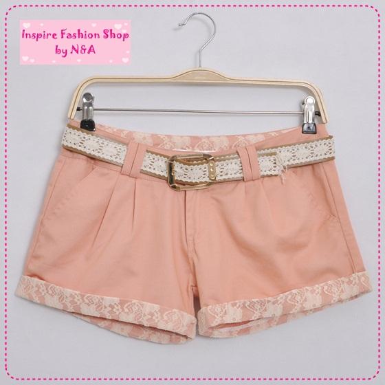 [Preorder] กางเกงขาสั้นประดับลูกไม้สีชมพูอ่อน พร้อมเข็มขัดเก๋ๆ 2012 new Korean version of sweet lace decorative beading wild fashion leisure shorts / hot pants