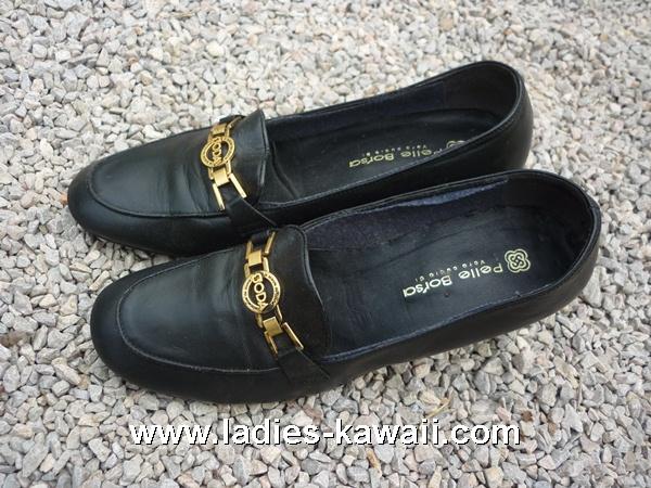 รองเท้าคัชชู สีดำ Size 37 ราคา 100 บาท