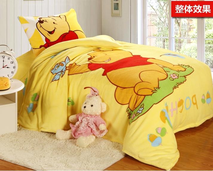 [Preorder] ผ้าปูที่นอนเตียงเดี่ยว (ไซส์ 3.3 ฟุต, 4 ฟุต หรือ 4.5 ฟุต) ลายหมีพูลล์ สีเหลือง Cartoon coral velvet three-piece children's bed dormitory bed linen products