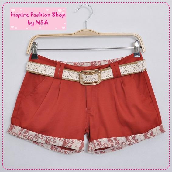 [Preorder] กางเกงขาสั้นประดับลูกไม้สีแดงส้ม พร้อมเข็มขัดเก๋ๆ 2012 new Korean version of sweet lace decorative beading wild fashion leisure shorts / hot pants
