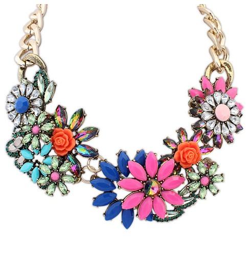 พร้อมส่งจ้า ZARA flower statement necklace