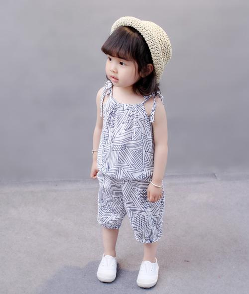 เสื้อผ้า เด็ก หญิง เข้าชุด สายเดี่ยว กางเกง ยาว สกีน ลาย กราฟฟิก