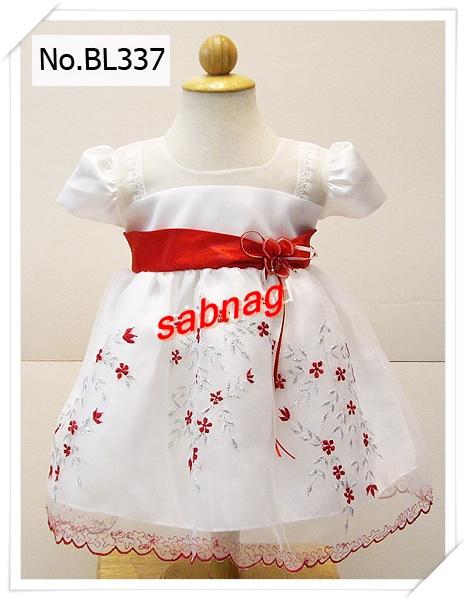 ชุดไปงานแต่งงานสำหรับเด็กเล็กสีขาวแขนตุ๊กตาแต่งเอวด้วยผ้าเครป S-24