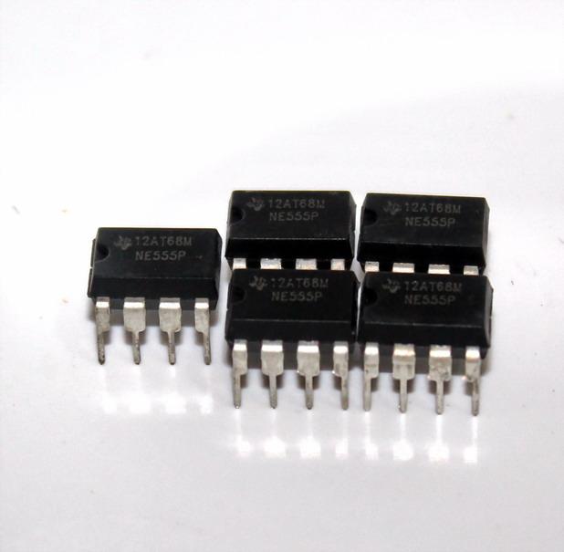 ไอซีเบอร์ 555 IC 555 จำนวน 5 ชิ้น ราคา 15 บาท