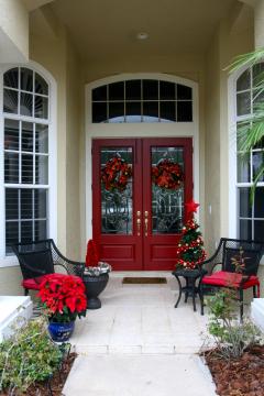 การออกแบบสีทาบ้าน: สีของประตูบอกอารมณ์