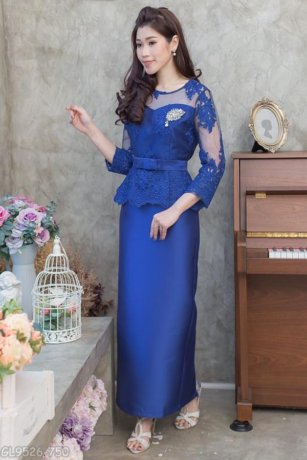 (Size 5XL) ชุดไปงานแต่งงาน ชุดไปงานแต่งสีน้ำเงิน Set เสื้อลูกไม้ชายระบายแขนสามส่วน เนื้อผ้าอย่างดีสั่งทำพิเศษ มาพร้อมกระโปรงผ้าไหมสีพื้นทรงสอบผ่าหลังผ้าสวยมากๆคะ