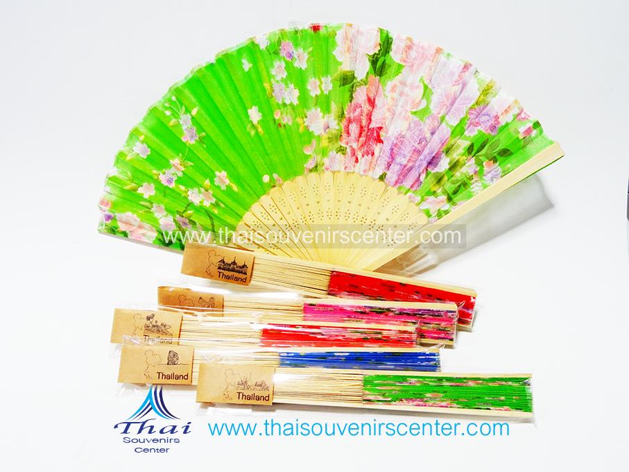 ของชำร่วยไทยๆ พัดผ้าแบบบาง ลายดอกไม้ (แพ็ค 10 ชิ้น)