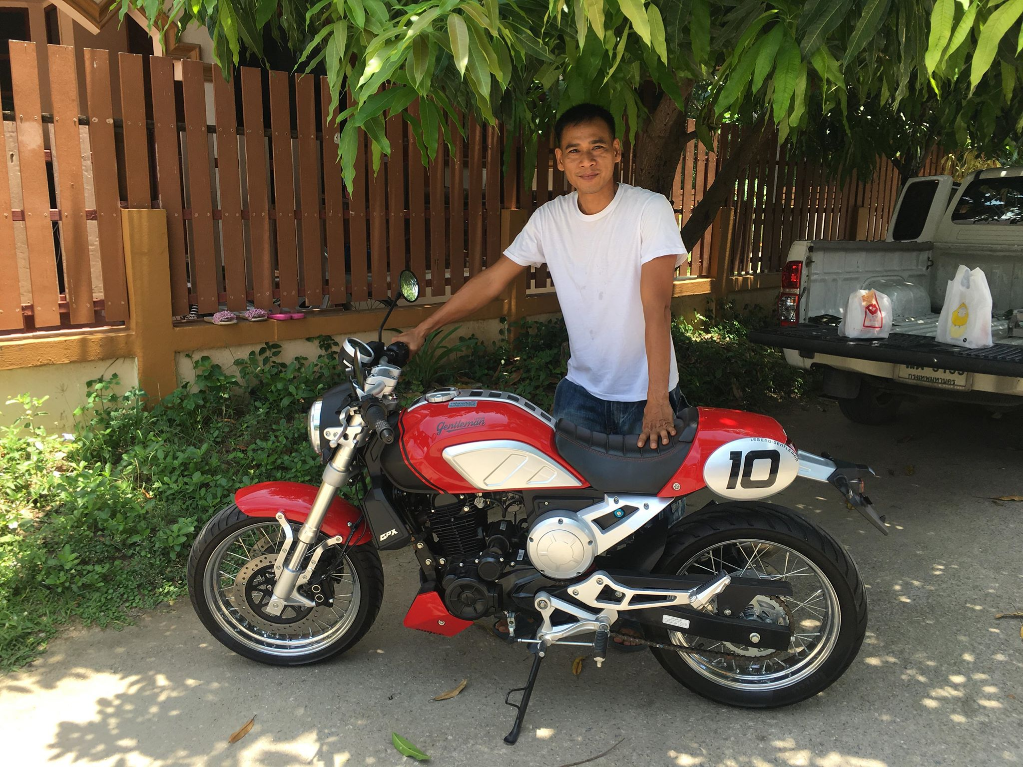 (ขายแล้ว) GPX Gentleman 200cc. ไมล์ 900 km.