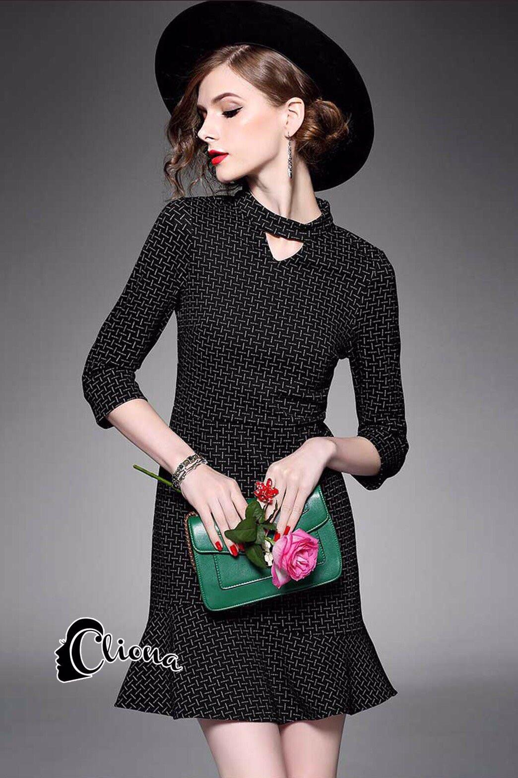 พร้อมส่ง mini dress งานสวยชุดพื้นดำ