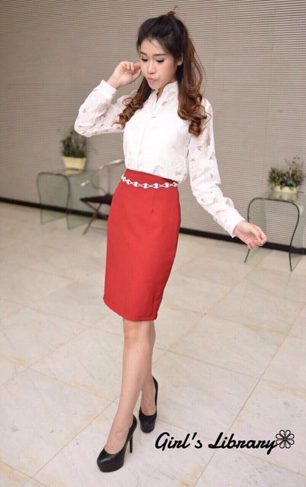 พร้อมส่ง Set floral lace shirt+ pencil skirt แถมเข็มขัดเพชร