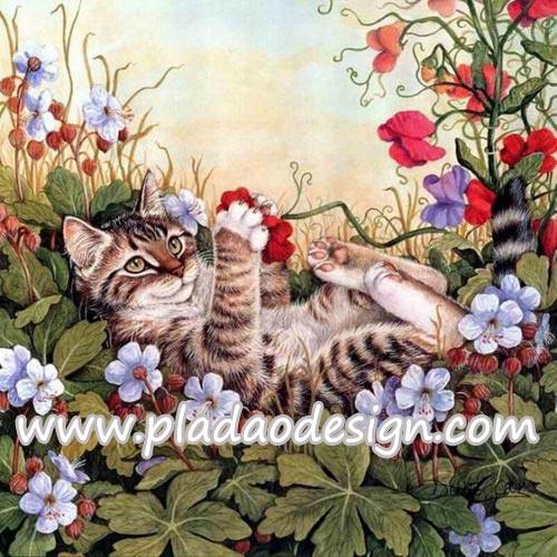 กระดาษสาพิมพ์ลาย สำหรับทำงาน เดคูพาจ Decoupage แนวภาำพ ลูกแมวตัวน้อยนอนหงายเก๋ง เล่นดอกไม้แดงในสวน