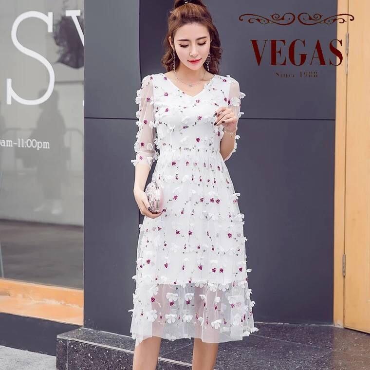 ชุดเดรสเกาหลี พร้อมส่ง Dress ผ้าปักดอก 3 D
