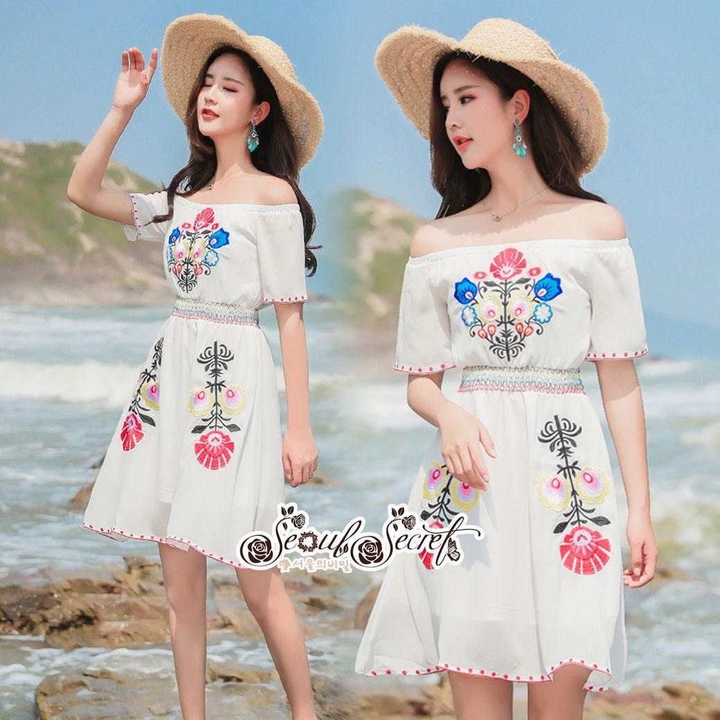 เดรสเกาหลี พร้อมส่ง ชุดเดรส ผ้าชีฟองสีขาวแบบย่น