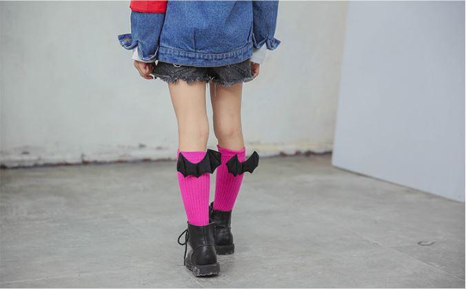 ถุงเท้าเด็กแบบยาวติดปีกdevil