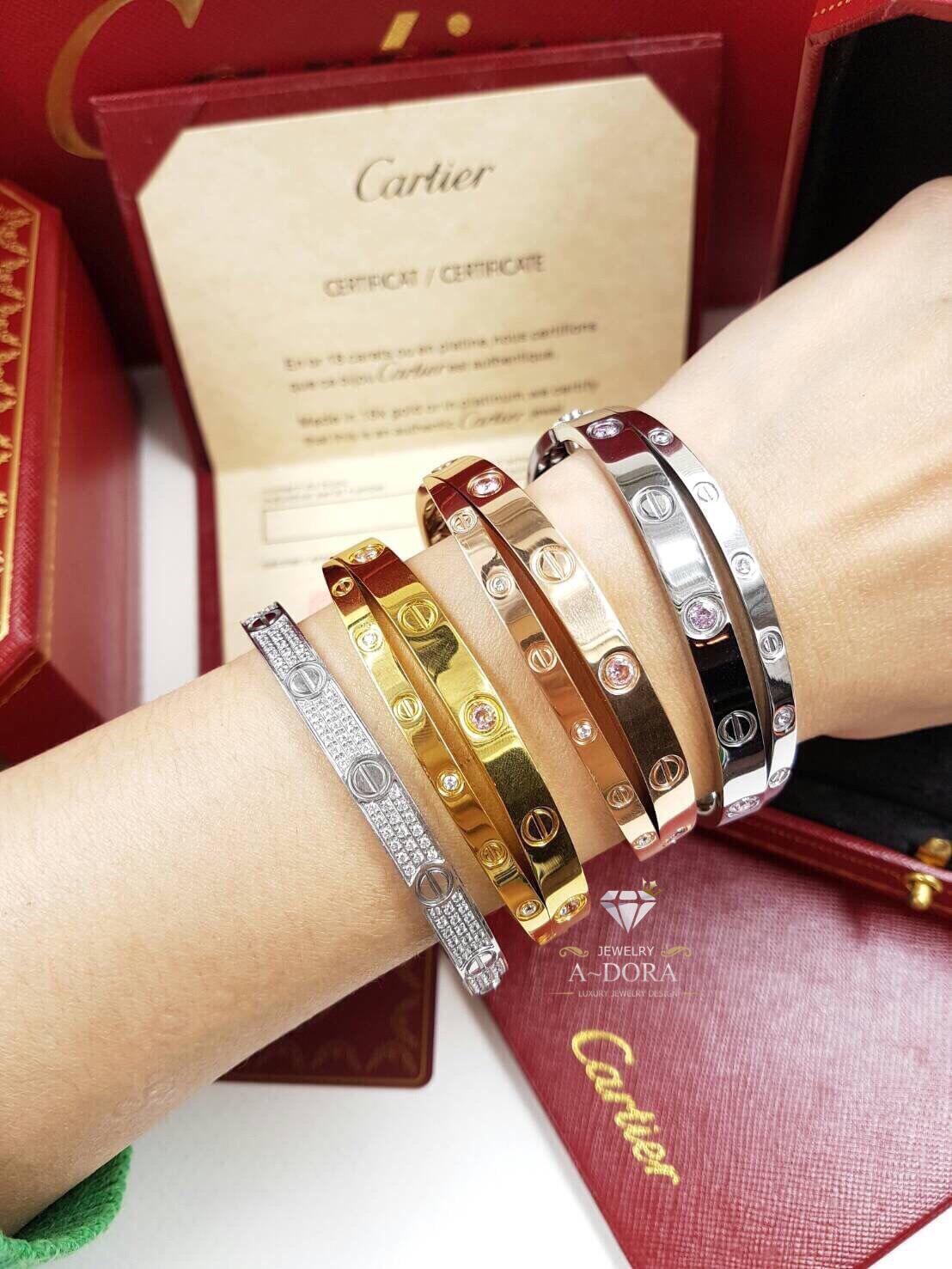 พร้อมส่ง ~ กำไลCartier รุ่น love Bracelet