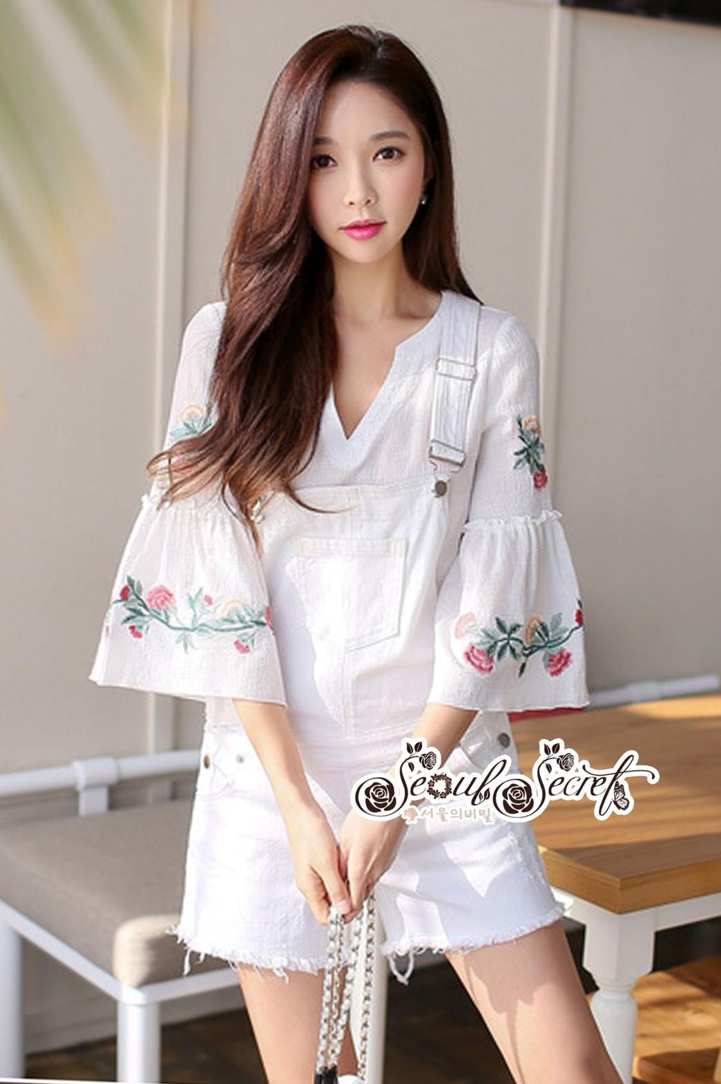 ชุดเซทแฟชั่น งานเซ็ทสไตล์เกาหลี ดีเทลเสื้อคอวีทรงปล่อยใส่สบาย Style Vintage