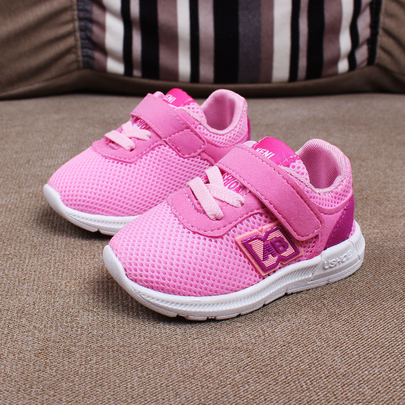 รองเท้าเด็ก พื้นยางกันลื่น รองเท้าสไตล์กีฬา แนะนำสำหรับเด็ก 3-18 เดือน พร้อมส่ง