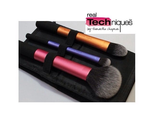 Real Techniques Travel Essentials brush set