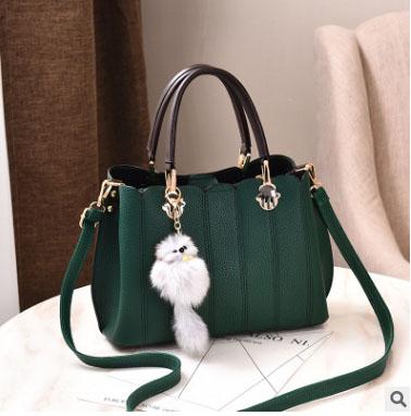 พร้อมส่ง กระเป๋าถือและสะพายข้าง ผู้หญิงวัยผู้ใหญ่ แฟชั่นเกาหลี รหัส KO-804 สีเขียว 2 ใบ *แต่งจี้จิ้งจอก