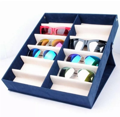 กล่องใส่แว่นตา แบบเก็บและตั้งโชว์ได้ งานผ้าสักหราด จำนวน 12 ช่อง