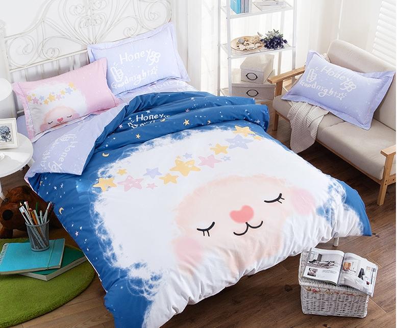 #ชุดผ้าปูที่นอน มีผ้าปูที่นอน1ผืน ปลอกหมอน2ชิ้น และผ้าห่ม1ผืน ลายนาฬิกาสีเหลือง ขอบฟ้า