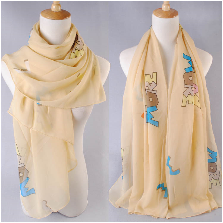 ผ้าพันคอผ้าชีฟอง ลายตัวอักษรสีเหลือง ( รหัส P242 )