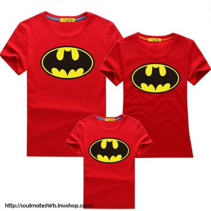 เสื้อครอบครัว ชุดครอบครัว เสื้อ พ่อ แม่ ลูก ลาย แบทแมน ผลิตจากผ้าคอตตอน 100%