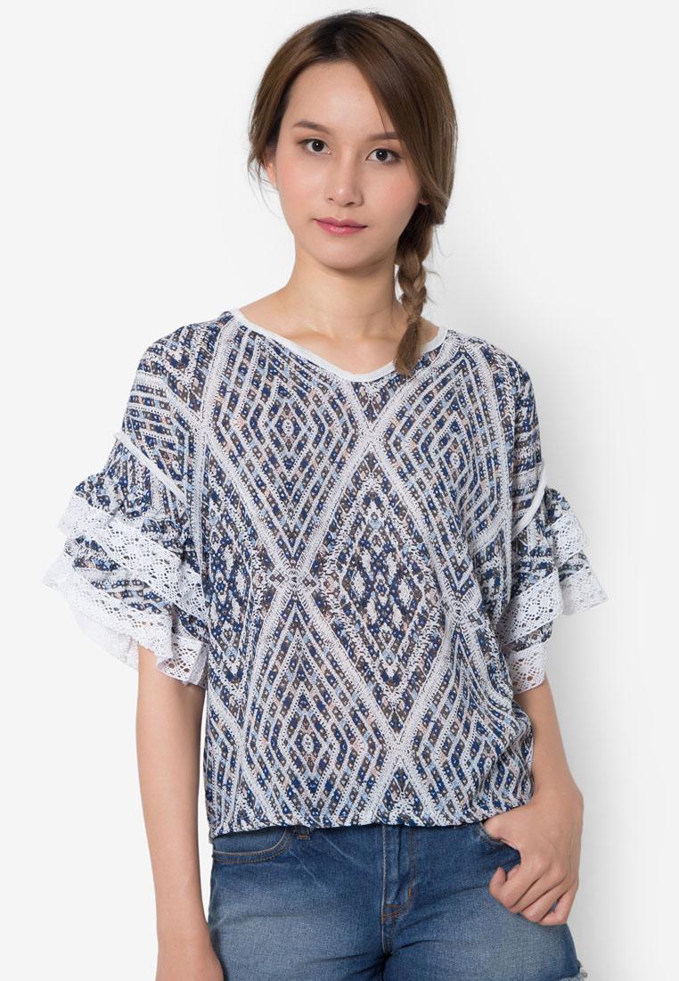 เสื้อเบลาส์ Feminine Laced Layering Sleeved